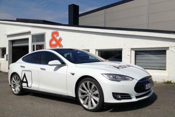 Solfilm Tesla S